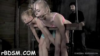 Tough hottie gets wild toy on her clits and in her anal
